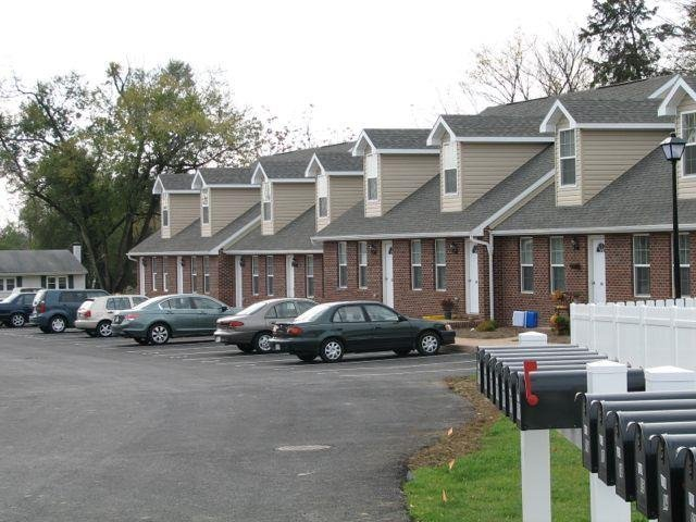 Property Details For Upscale 2 Bedroom 2 Bathroom End Unit Townhome Harrisonburg